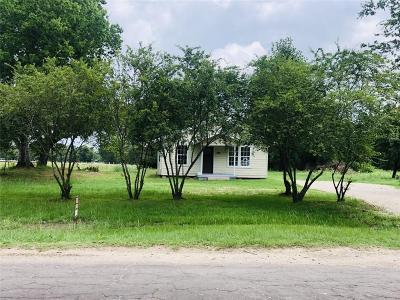 Edgewood Single Family Home Active Option Contract: 2922 Vz County Road 3105