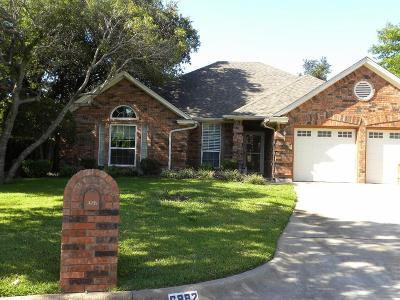 North Richland Hills Single Family Home For Sale: 6882 Bluebonnet Court