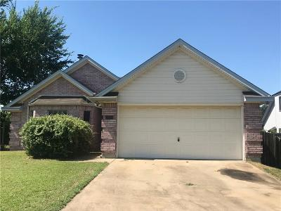 Kennedale Single Family Home For Sale: 201 Hillside Drive