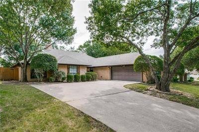 North Richland Hills Single Family Home For Sale: 5004 Lake View Circle