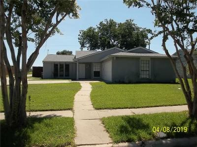 The Colony Single Family Home Active Option Contract: 7016 Elliot Court