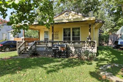 Dallas Single Family Home For Sale: 3817 Lively Lane