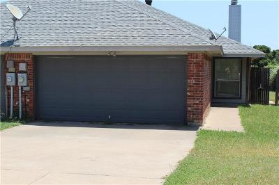Azle Residential Lease For Lease: 712 Stribling Circle