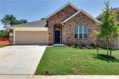Fort Worth Single Family Home For Sale: 2013 Augustus Drive