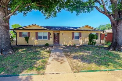 Mckinney Single Family Home For Sale: 1908 Meandering Way