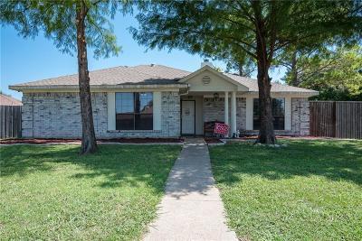 Rowlett Single Family Home For Sale: 2421 University Drive