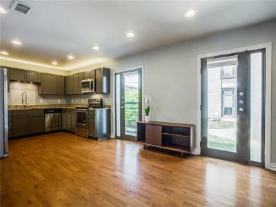 Oak Lawn Condo Active Option Contract: 2722 Knight Street #104A