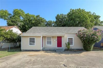 Grand Prairie Single Family Home For Sale: 1622 Small Street