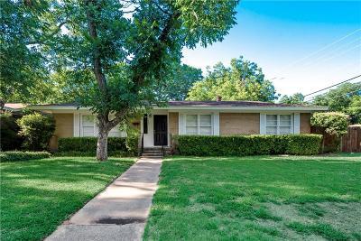 Arlington Single Family Home For Sale: 1601 Larkspur Drive