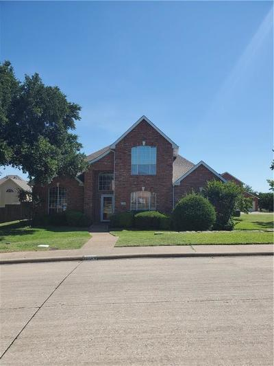 Residential Lease For Lease: 1704 Lake Breeze
