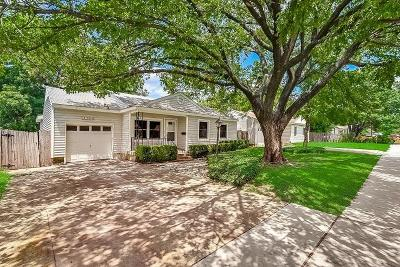 Arlington Single Family Home For Sale: 1632 Connally Terrace
