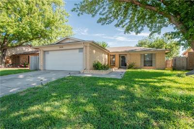 Single Family Home For Sale: 3729 Longstraw Drive
