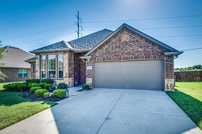 Waxahachie Single Family Home For Sale: 2179 Liriope Lane