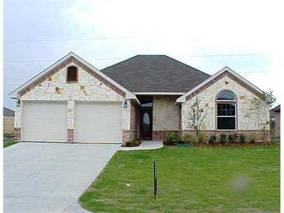 Royse City Single Family Home Active Option Contract: 420 Autumn Trail