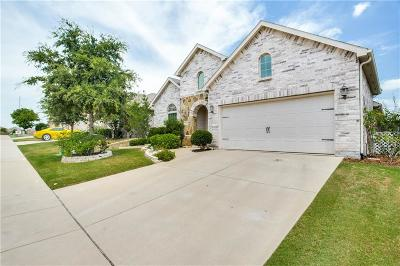 Fort Worth Single Family Home For Sale: 9320 Liberty Crossing Drive