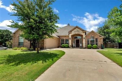 Haslet Single Family Home For Sale: 1201 Black Hawk Drive