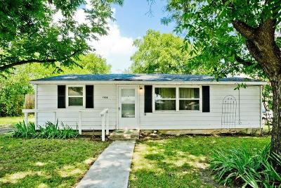 White Settlement Single Family Home For Sale: 7908 Downe Drive