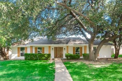 Farmers Branch Single Family Home For Sale: 3735 Clubway Lane