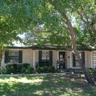 Garland Single Family Home Active Option Contract: 1818 Homestead Pl