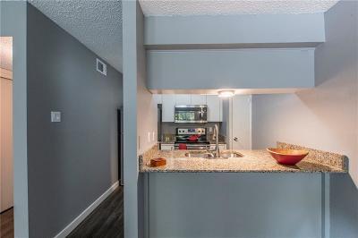 Dallas Condo For Sale: 4837 Cedar Springs Road #122