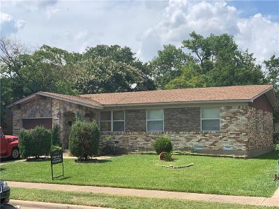Garland Single Family Home For Sale: 4717 Cornell Drive