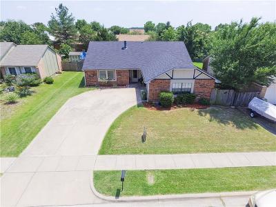 Arlington Single Family Home For Sale: 7102 Blackberry Drive