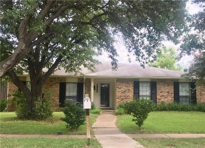 Carrollton Single Family Home For Sale: 1842 Castille Drive