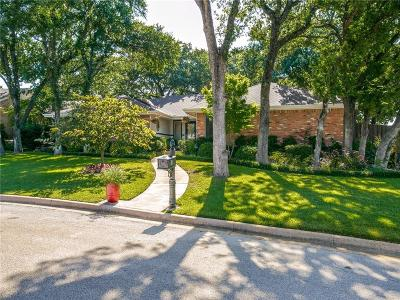Grapevine Single Family Home For Sale: 8 Windy Knoll Court