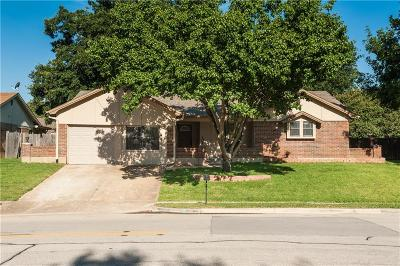 Bedford Single Family Home For Sale: 3101 Murphy Drive