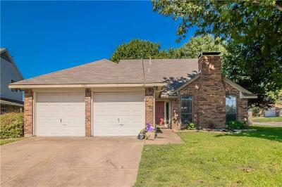 Haltom City Single Family Home For Sale: 5501 Maurie Drive