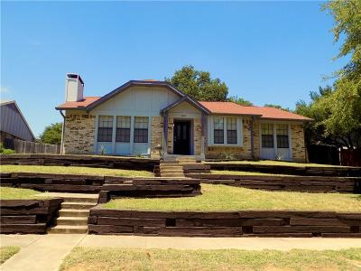 Lewisville Single Family Home For Sale: 1514 Live Oak Drive