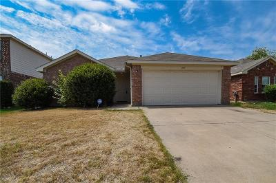 Fort Worth Single Family Home For Sale: 405 Rock Prairie Lane