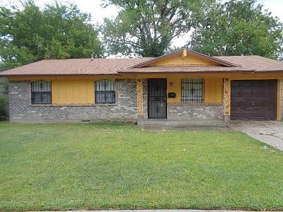 Dallas Single Family Home For Sale: 3240 Pacesetter Drive