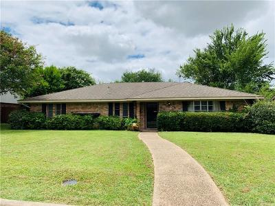 Grand Prairie Single Family Home For Sale: 1805 Hampshire Street