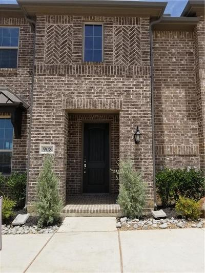 Euless Townhouse For Sale: 908 Estelle Ave Drive
