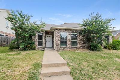 Garland Single Family Home For Sale: 5218 Turtle Cove Road