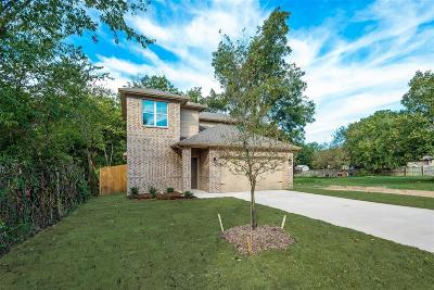 Cooke County Single Family Home For Sale: 1009 S Taylor Street