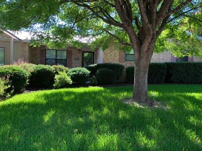 Comanche TX Single Family Home For Sale: $179,900