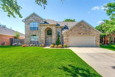 Keller Single Family Home For Sale: 620 Cardinal Lane