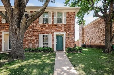 Fort Worth Townhouse For Sale: 7339 Kingswood Circle
