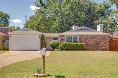 Arlington Single Family Home For Sale: 4504 Timber Run Drive