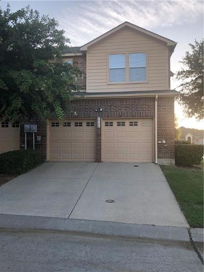 Grand Prairie TX Townhouse For Sale: $219,900