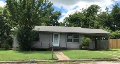 Single Family Home For Sale: 1237 W Ball Street