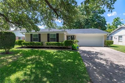 Richardson Single Family Home For Sale: 1311 Belaire Drive