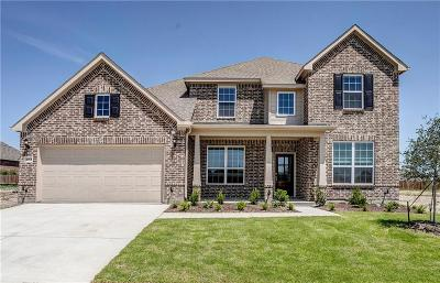 Fort Worth Single Family Home For Sale: 1052 Pinnacle Ridge Road