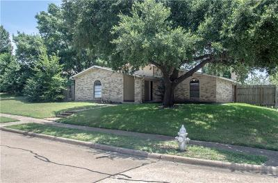 Garland Single Family Home For Sale: 3102 Overglen Drive
