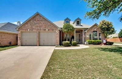 Tarrant County Single Family Home For Sale: 6600 High Brook Drive