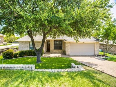 Benbrook Single Family Home For Sale: 1317 Nueces Court
