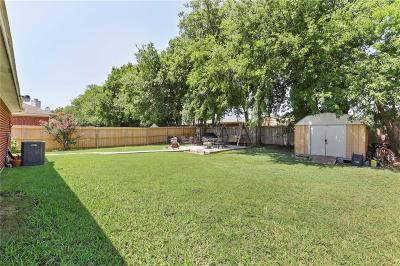 Arlington Single Family Home For Sale: 5906 Summerfield Drive