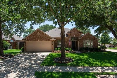 Flower Mound Single Family Home For Sale: 705 Oak Hollow Lane